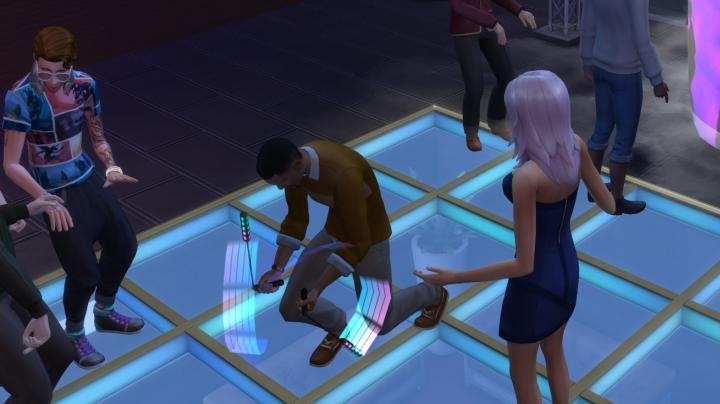 Dance Battles in Get Together